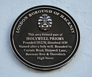 Holywell Priory, Curtain Rd