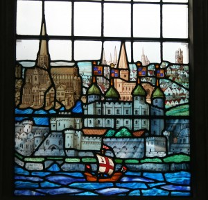 All Hallows by the Tower 16 - Stained glass view of London - canon194