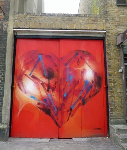 Street Art - heart in Spitalfields - Lumix77