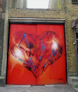 Street Art - heart in Spitalfields